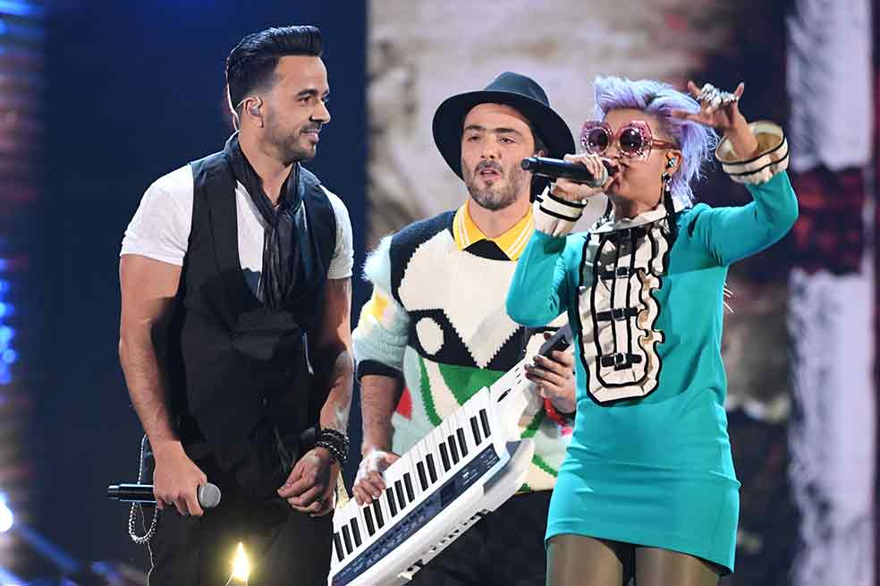 Residente, Laferte y remix de 'Despacito' ganan Grammy Latino